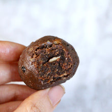 Load image into Gallery viewer, Dark Cacao Clean Protein Balls - Box of 10 (GF, Vegan, F45 Approved)