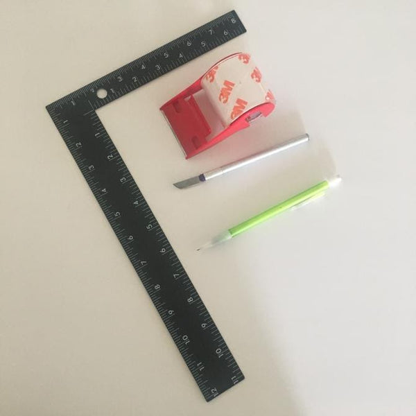 Materials For Building A Lightbox For Less Than 10 Dollars