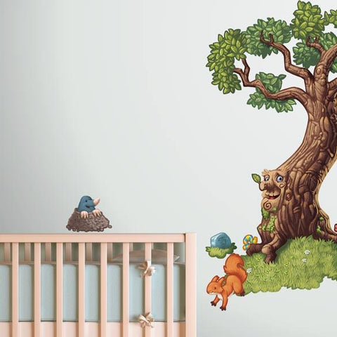 Enchanted tree with woodland animals for kids bedrooms.
