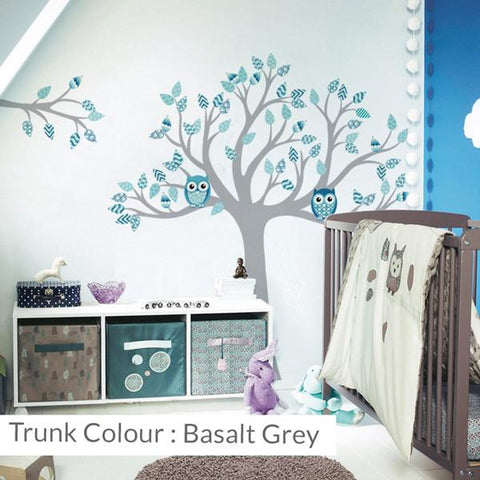 Tree with patterned leave vinyl wall sticker