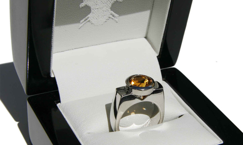 White gold and Citrine engagement ring