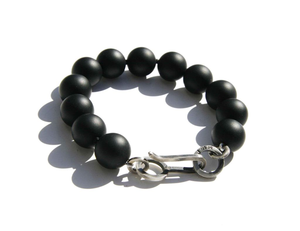 Onyx bracelet with hand made clasp
