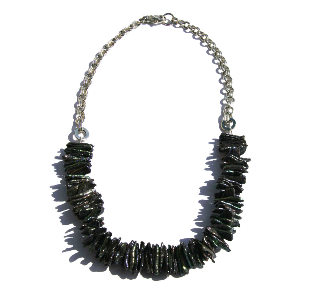 Necklace Biwa black pearls silver chain