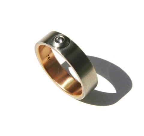 18ct Gold Wedding Band with Diamond