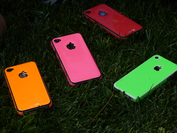 iPhone 4 and 4S fluor resin sticker guard protection in style