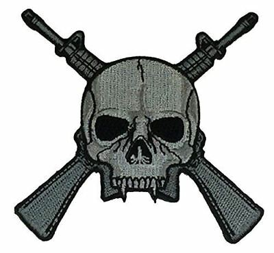SKULL AND CROSSED M16 RIFLES CUTOUT PATCH INFANTRY GRUNT COMBAT ARMS