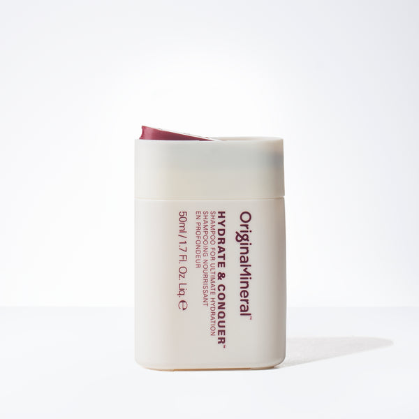 O&M Hydrate and Conquer Shampoo Mini (1.7oz)