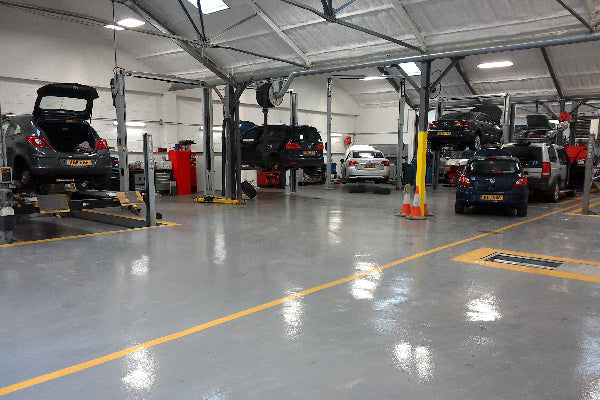 Commercial Garage Floor Painting Bundle - Epoxy - Covers 100-120sq.m