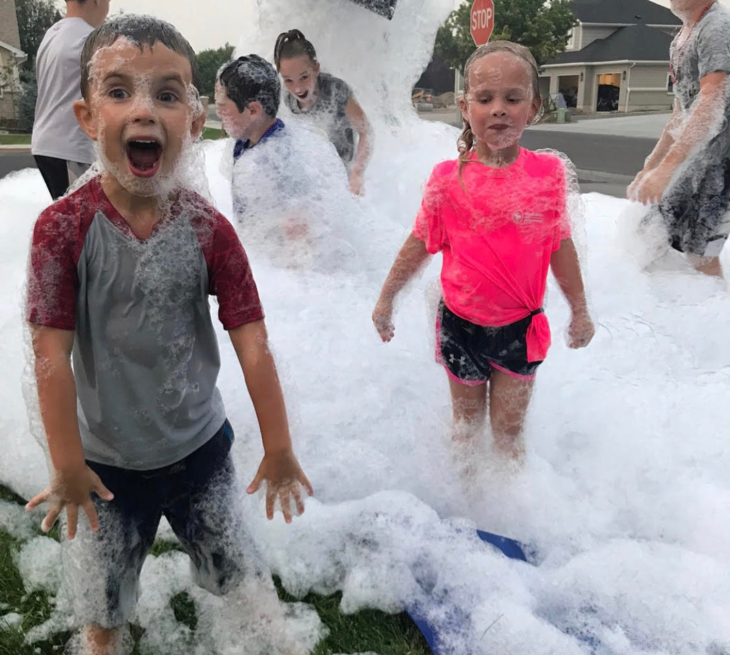 https://www.youtube.com/watch?v=xt8tzzOO_bg  kids foam machine party