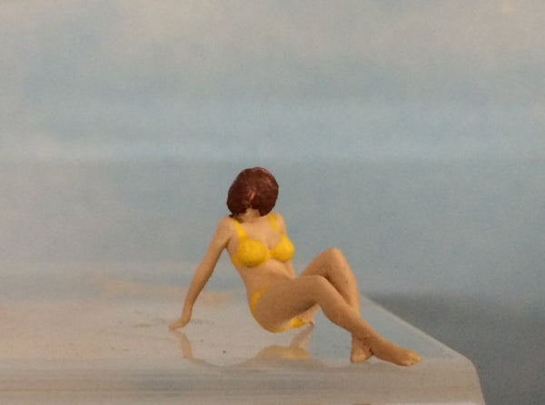Female Bikini Sitting Ground 3d printed
