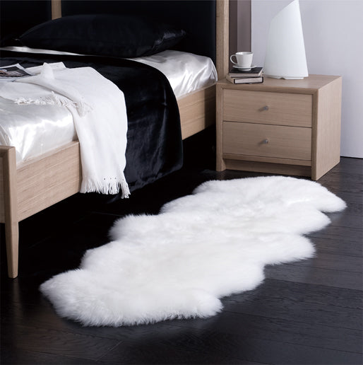 Sheepskin Rug in Long Hair Single Pelt