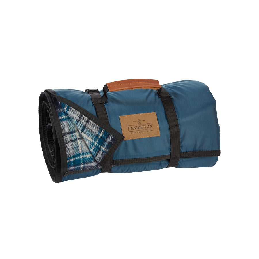 Pendleton Bandon Roll-Up Blanket