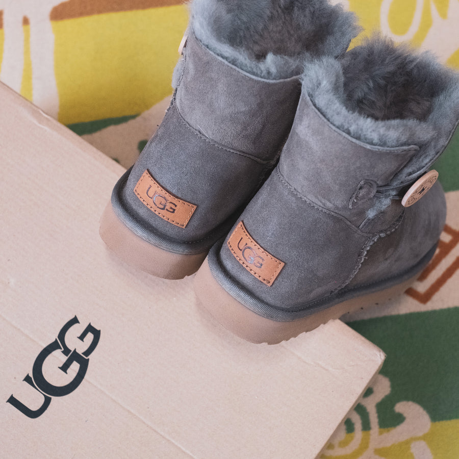 Women's Ugg Classic Mini Bailey Button II in Mole Size 9 - Open Box