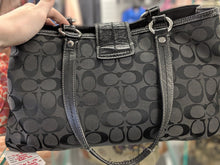 Load image into Gallery viewer, COACH Signature Black Soho