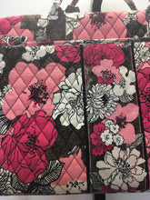 Load image into Gallery viewer, C22-20 Vera Bradley Floral Computer Bag