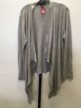 Load image into Gallery viewer, C13-5 89th & Madison Gray Cardigan