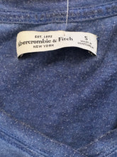 Load image into Gallery viewer, C14-4 Abercrombie & Fitch Blue T-Shirt