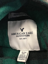 Load image into Gallery viewer, C22-11 American Eagle Green and Black Shirt