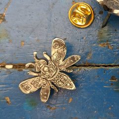 Bee Brooch Pin from a two shilling coin.