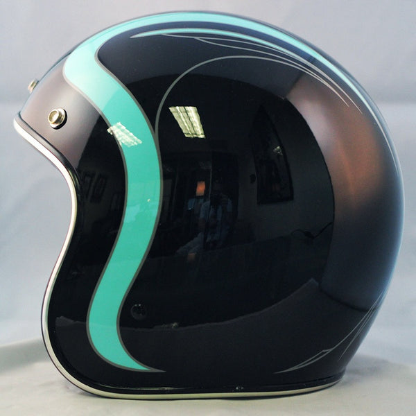 Turquoise Accents on Glossy Black