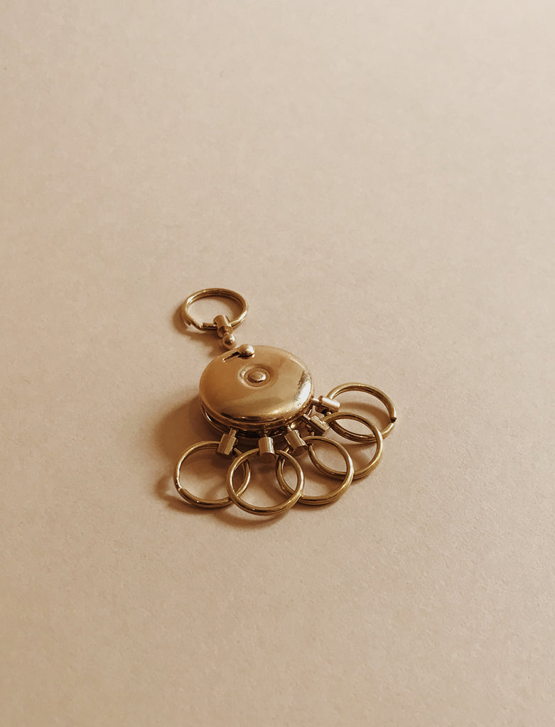 Saikai SAIKAI BRASS OCTOPUS KEY HOLDER - M U T I N Y