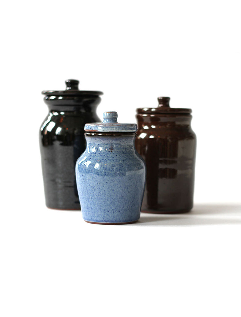 TENDER CO. RED CLAY BLACK JAR