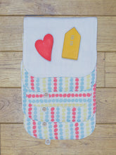 Load image into Gallery viewer, A set of 5 Organic Poco Bambino reusable wash cloths / wipes in a multicoloured dots print. The top wipe is folded down to show the soft bamboo terry reverse.
