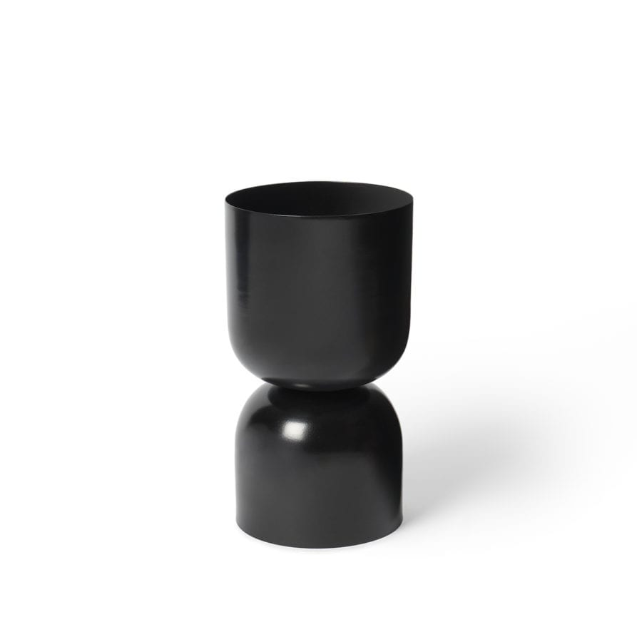 Lightly Tone Planter Black