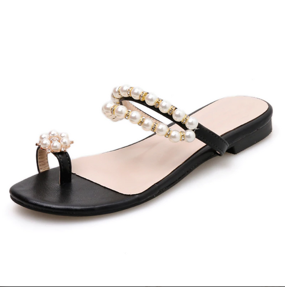 Aniyah Sandals - Black ; Beige