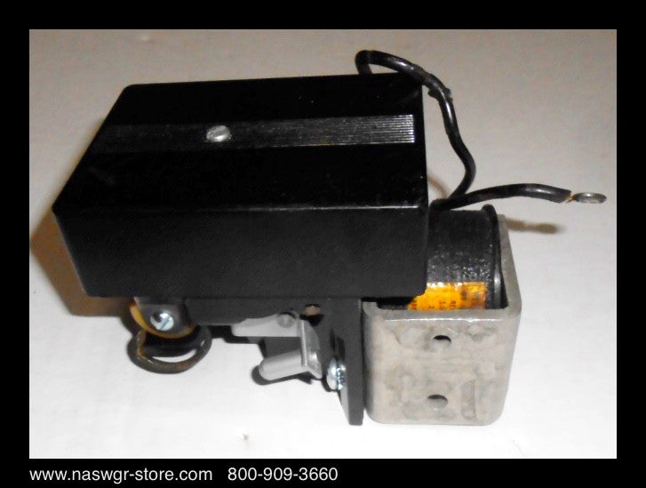 33A2746G33 ~ Westinghouse 33A2746G33 Control Relay for DB-25 Breaker