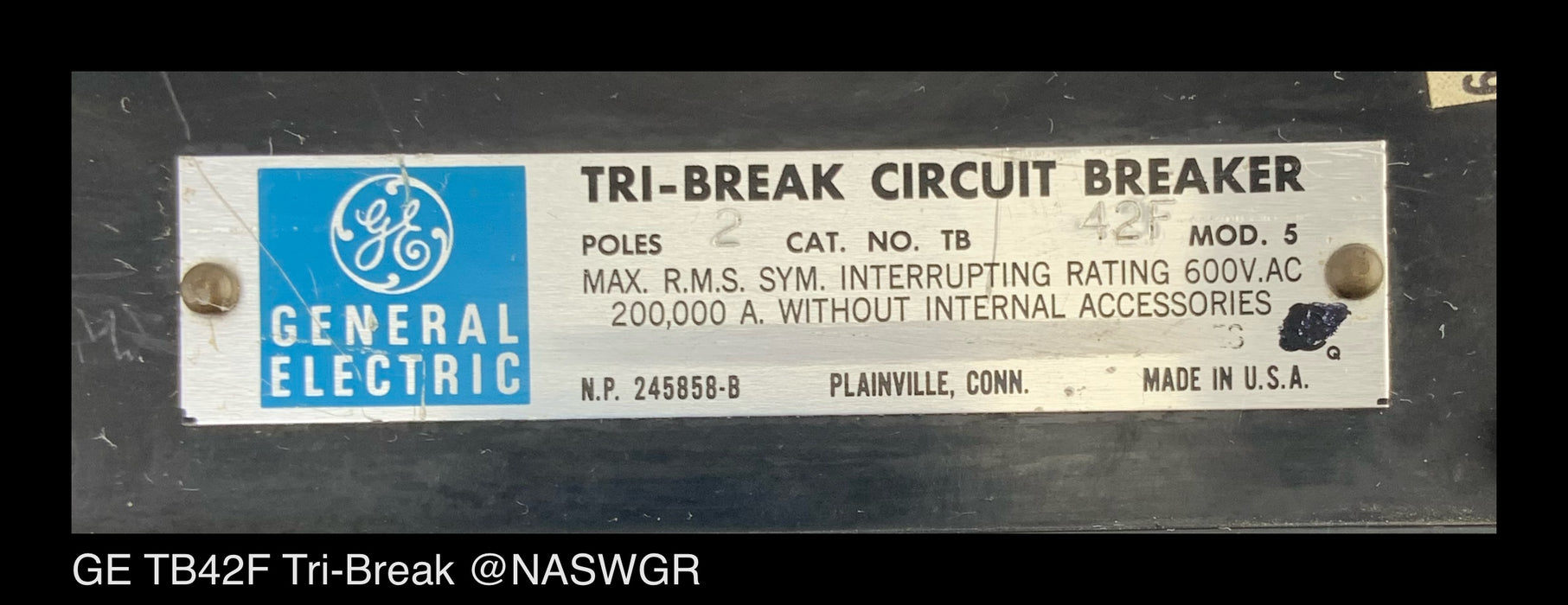 GE TB42F Tri-Break Circuit Breaker