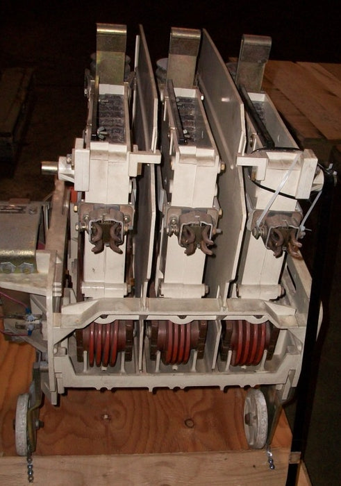 IC302BB4AB2A312AA2B - General Electric AC Contactor