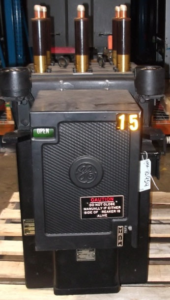 AM10-15 - General Electric 2000AMP Magne-blast Circuit Breaker