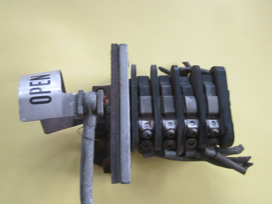 6577001G1 ~ GE 6577001G1 Auxiliary Switch for AM-5-250-4SB-1 Breaker