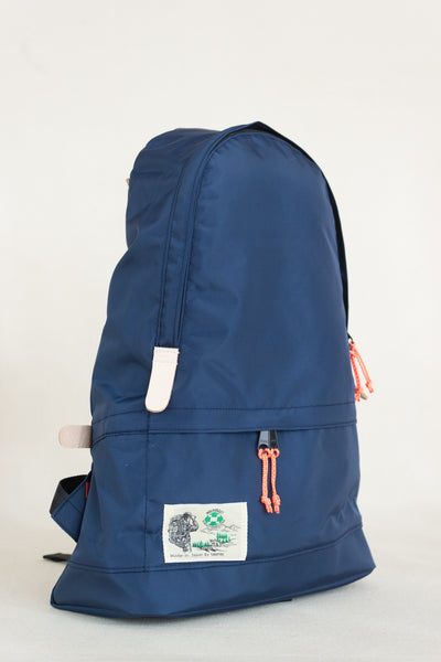 Teardrop Pack in Navy