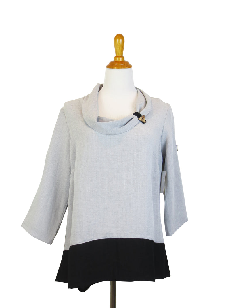 AA146 - Color Block Pullover Top