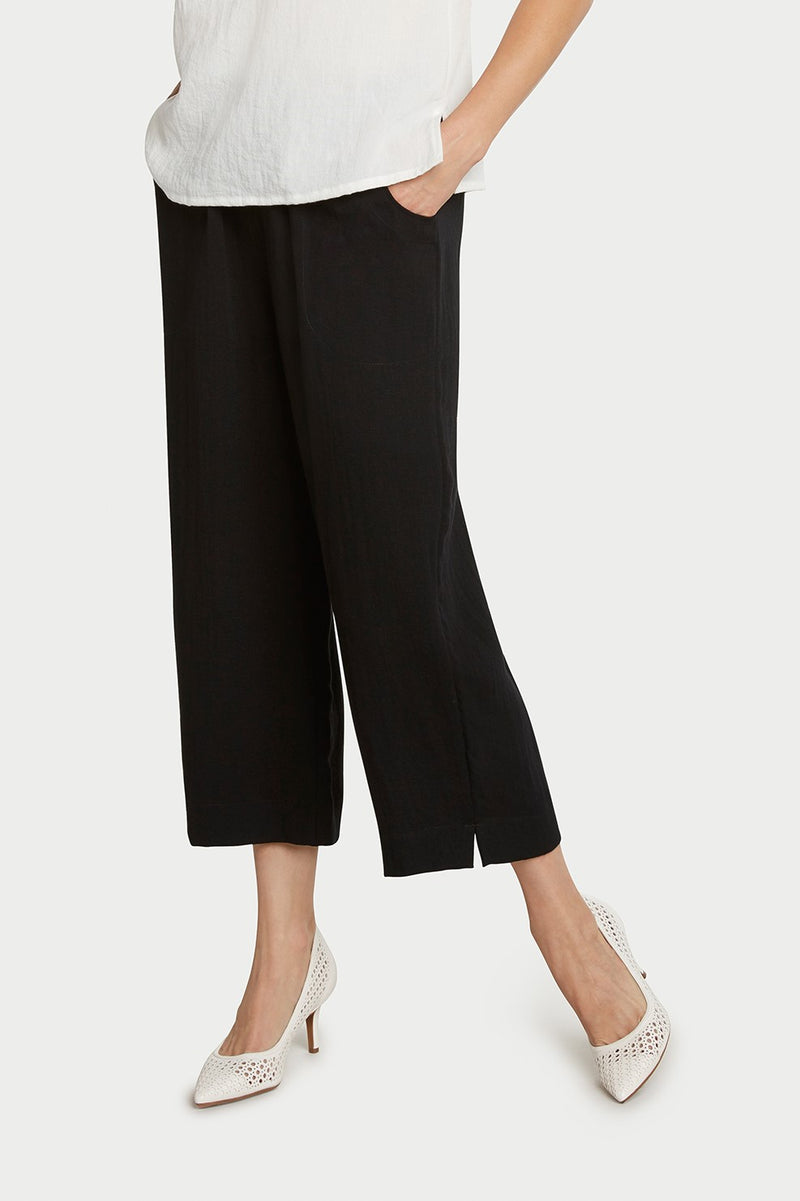 AAPT05 - Classic Crop Pant