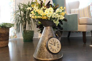 "Upcycled Iron Measuring Jug Clock ""Gray"" 275.99"