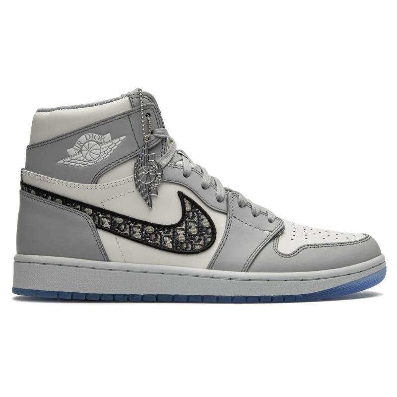 "Limited Dior X Air Jordan 1 High OG ""Dior X Air Jordan"" Sneakers 