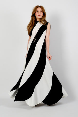 Black & White Swirl Maxi Dress
