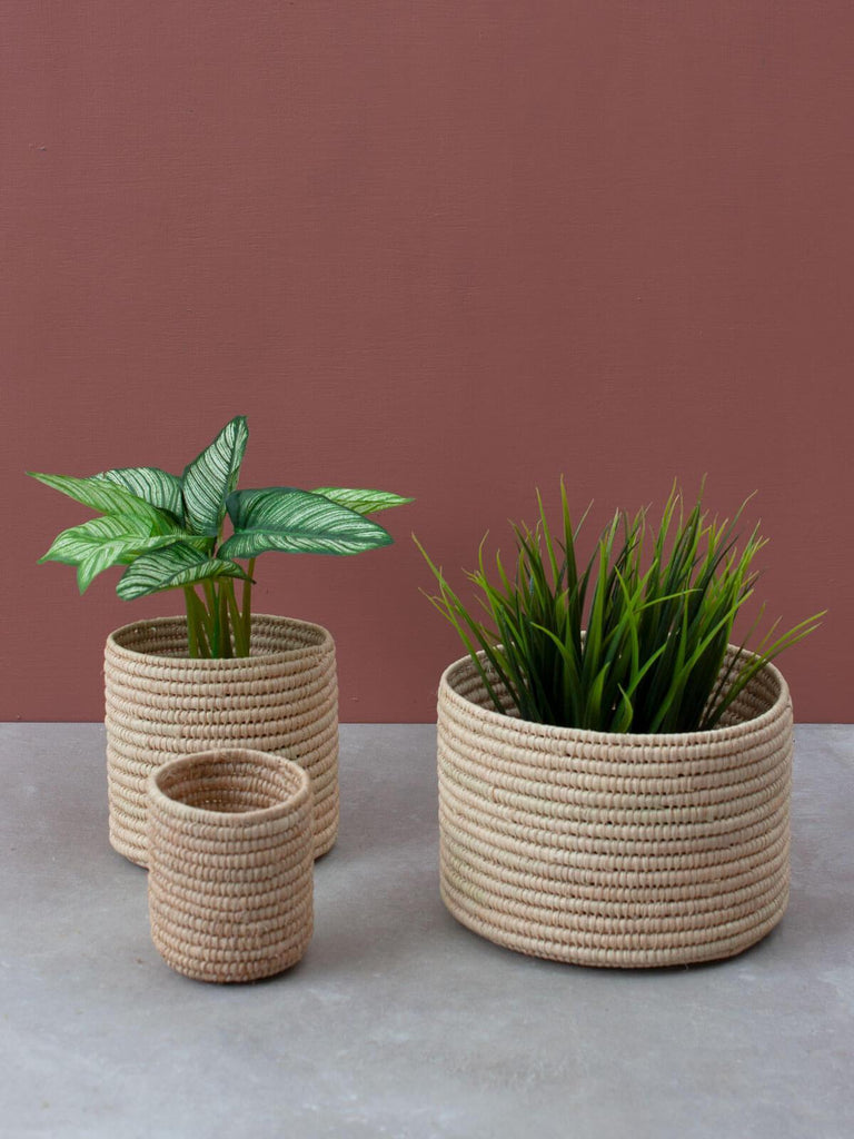 RAFFIA STORAGE POTS (SET OF 3) - Natural