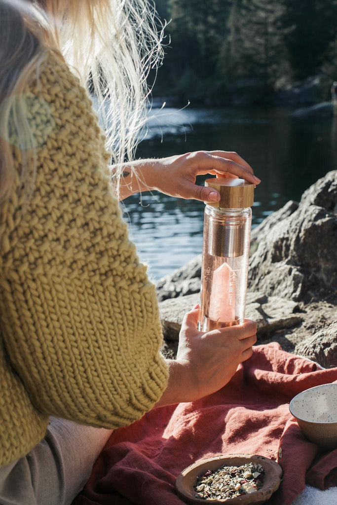 Tea Boheme - Rose Quartz Crystal Tea & Water Bottle - Pre-Order (Ships mid-MAY)