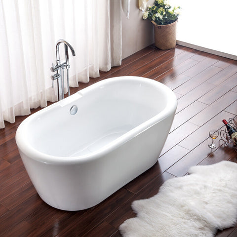 15128. Freestanding Bathtub.