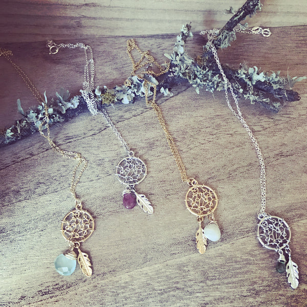 Dainty Dreamcatcher Necklace
