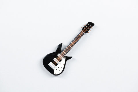 Black & White Electic Guitar Magnet