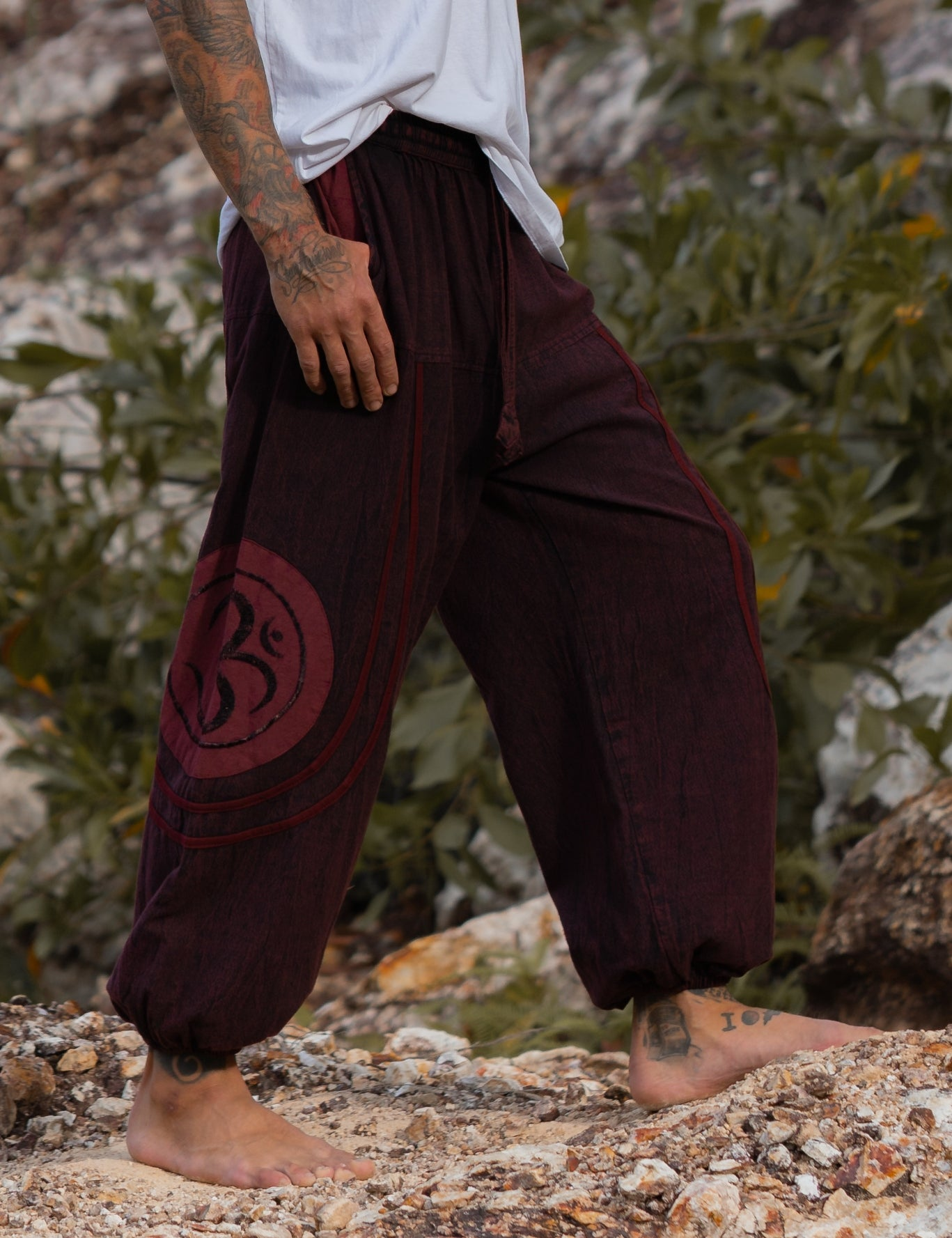 High Crotch Harem Pants - Stonewashed Ohm - Red
