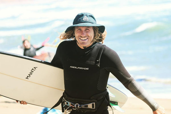 Founder of Manta Textiles Co Matt Elsasser kiteboarding