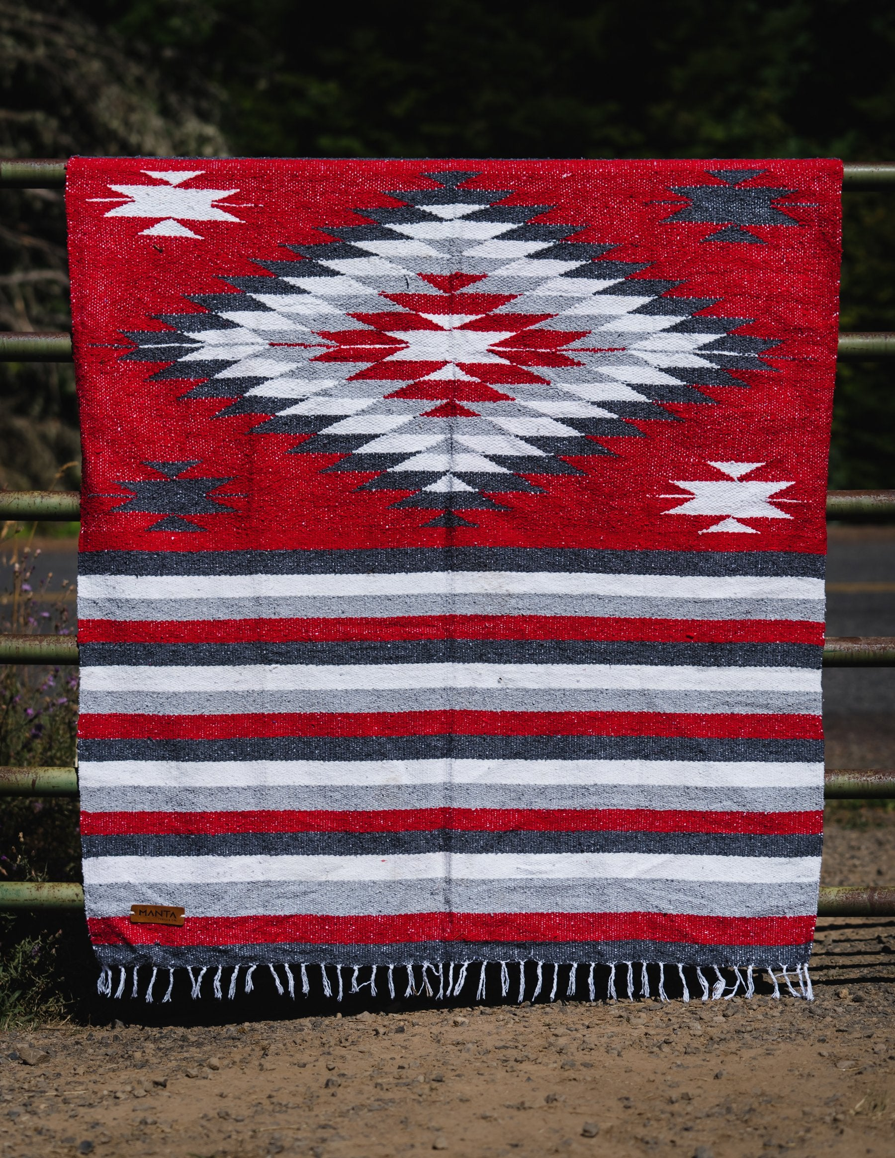 Spartan Diamond Blanket - Mantacompany.com