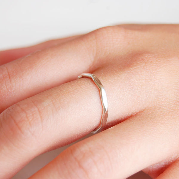 Silver Edge Ring Ichu