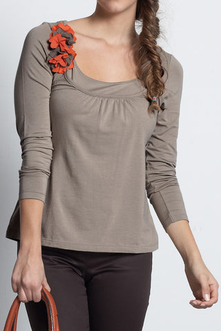 Mothers En Vogue :: Florica Long Sleeve Tee Dusky Gray Olive